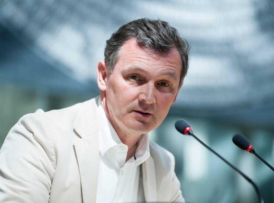 Karl Vanlouwe