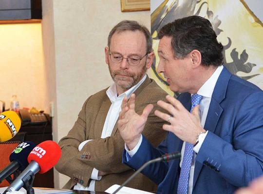 Peter De Roover en Karl Vanlouwe